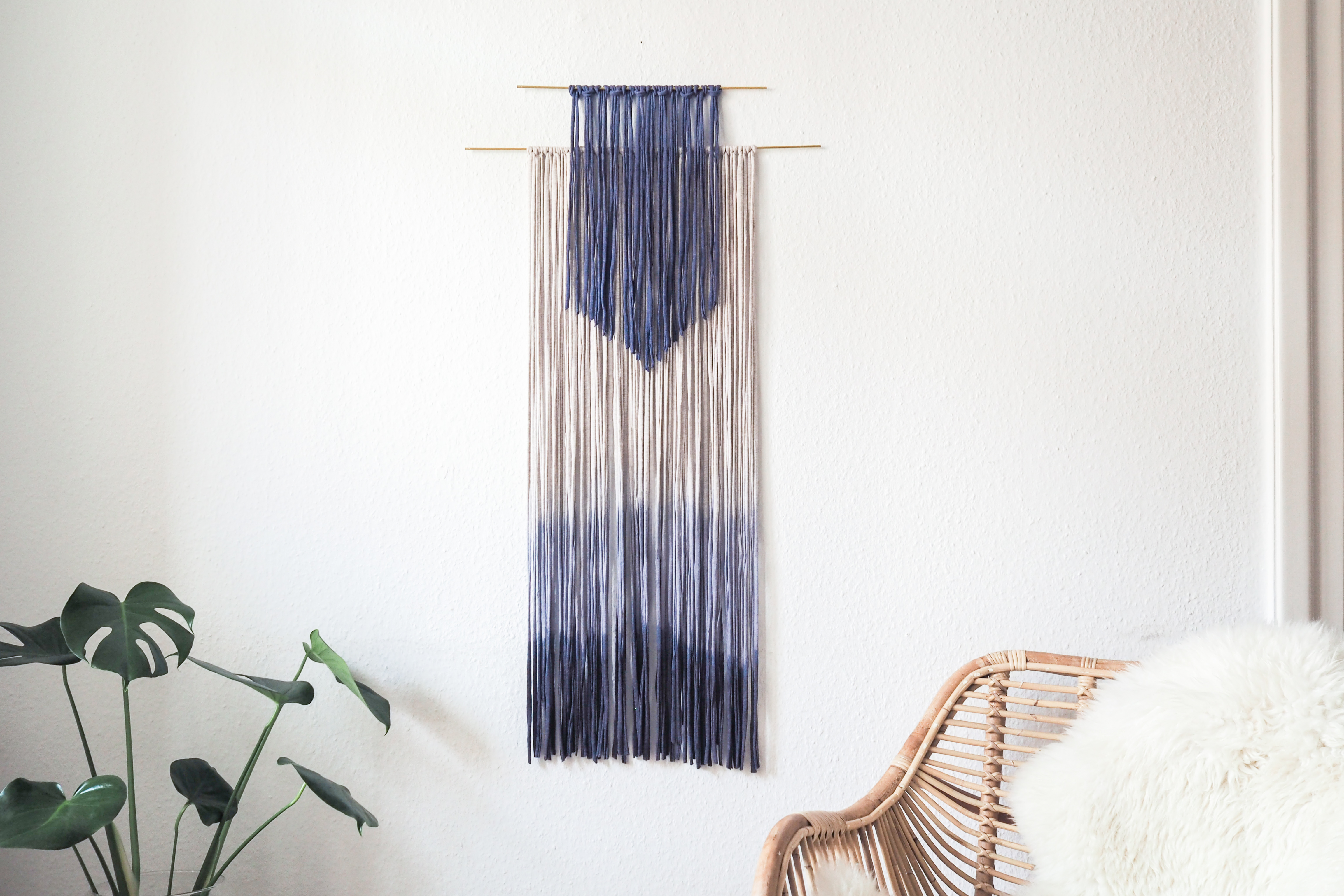 diy wanddeko selber machen dip dye wall hanging paulsvera. Black Bedroom Furniture Sets. Home Design Ideas
