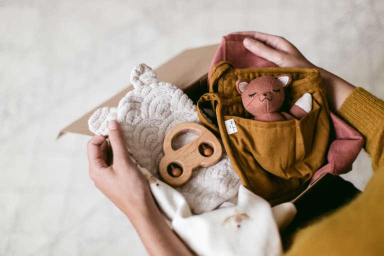 Babyshower Geschenk Druckvorlage Printables Regensbogen Geschenkideen Babies Zur Geburt Kyddo Paulsvera 3