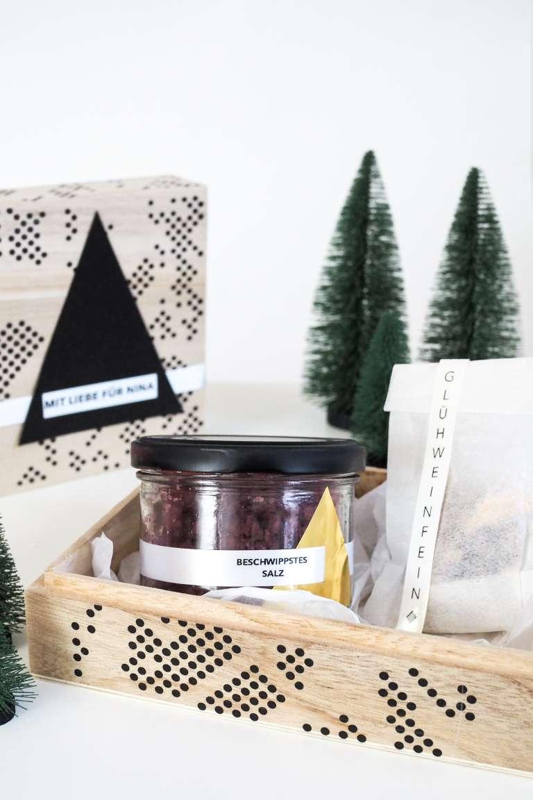 selbstgemachte geschenke aus der k che wundersch n verpackt obsigen. Black Bedroom Furniture Sets. Home Design Ideas