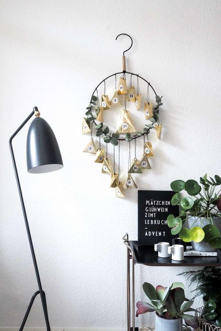 DIY Adventskalender in glamourösem Gold