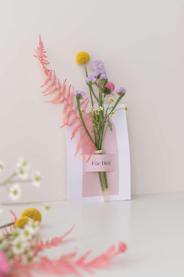 DIY Blumenkarte studiovea Fleurop Freebie Glueckwunschkarte 18