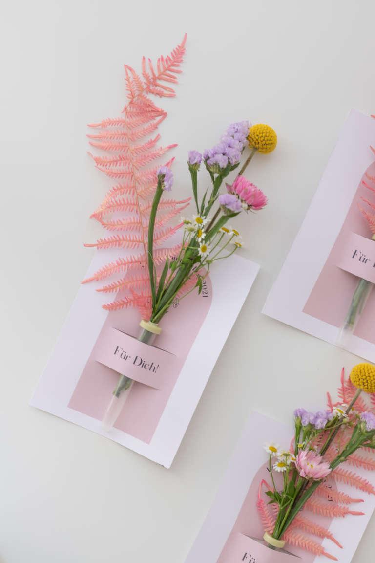DIY Blumenkarte studiovea Fleurop Freebie Glueckwunschkarte 21