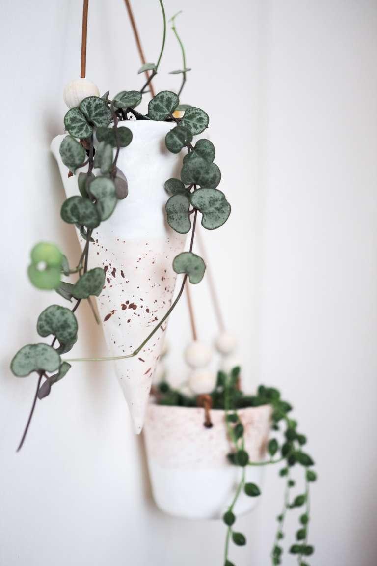 DIY-Idee-mit-Fimo-Ideen-Blumentopf-Deko-selber-machen-DIY-Deko-selbstgemachte-Geschenke-pauslvera