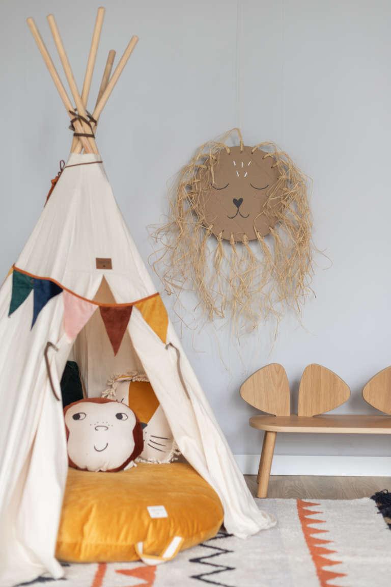 DIY Idee Pappe Karton Upcycling Lowe Kinderzimmer Wanddeko Dekoration Bast studiovea 17