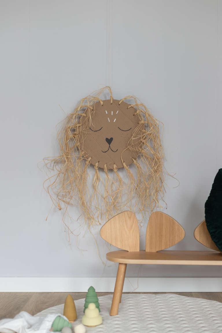DIY Idee Pappe Karton Upcycling Lowe Kinderzimmer Wanddeko Dekoration Bast studiovea 24