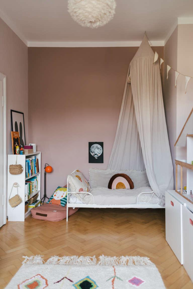 Kinderzimmer Vorschulkinder Kindergarten einrichten Zonen Montessori Aufbewahrung Ordnung Selbststandigkeit paulsvera 39