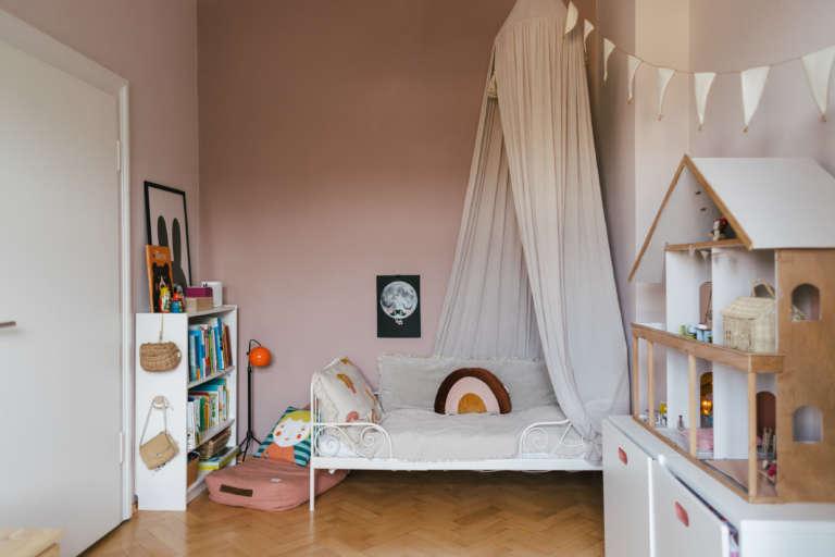 Kinderzimmer Vorschulkinder Kindergarten einrichten Zonen Montessori Aufbewahrung Ordnung Selbststandigkeit paulsvera 40