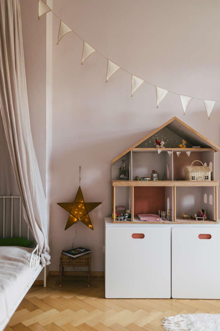 Kinderzimmer Vorschulkinder Kindergarten einrichten Zonen Montessori Aufbewahrung Ordnung Selbststandigkeit paulsvera 41