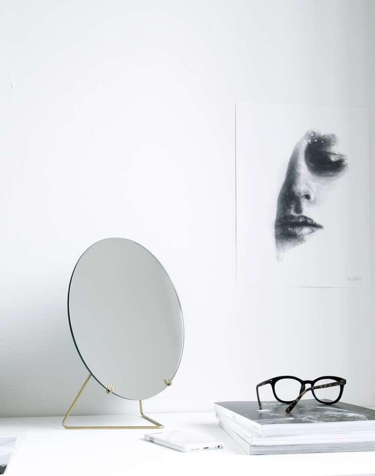 Moebe Mirror Ic 14