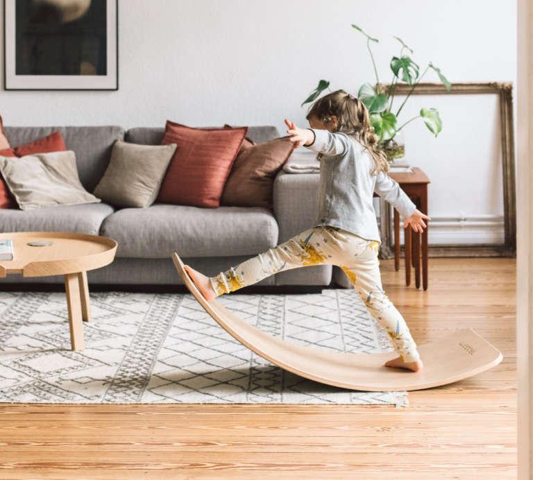 Wobbel Balance Board Nachhaltiges Kinderspielzeug Bewegung Motorik Kreativspiel Interior Einrichtung Kyddo Paulsvera 14 Kopie