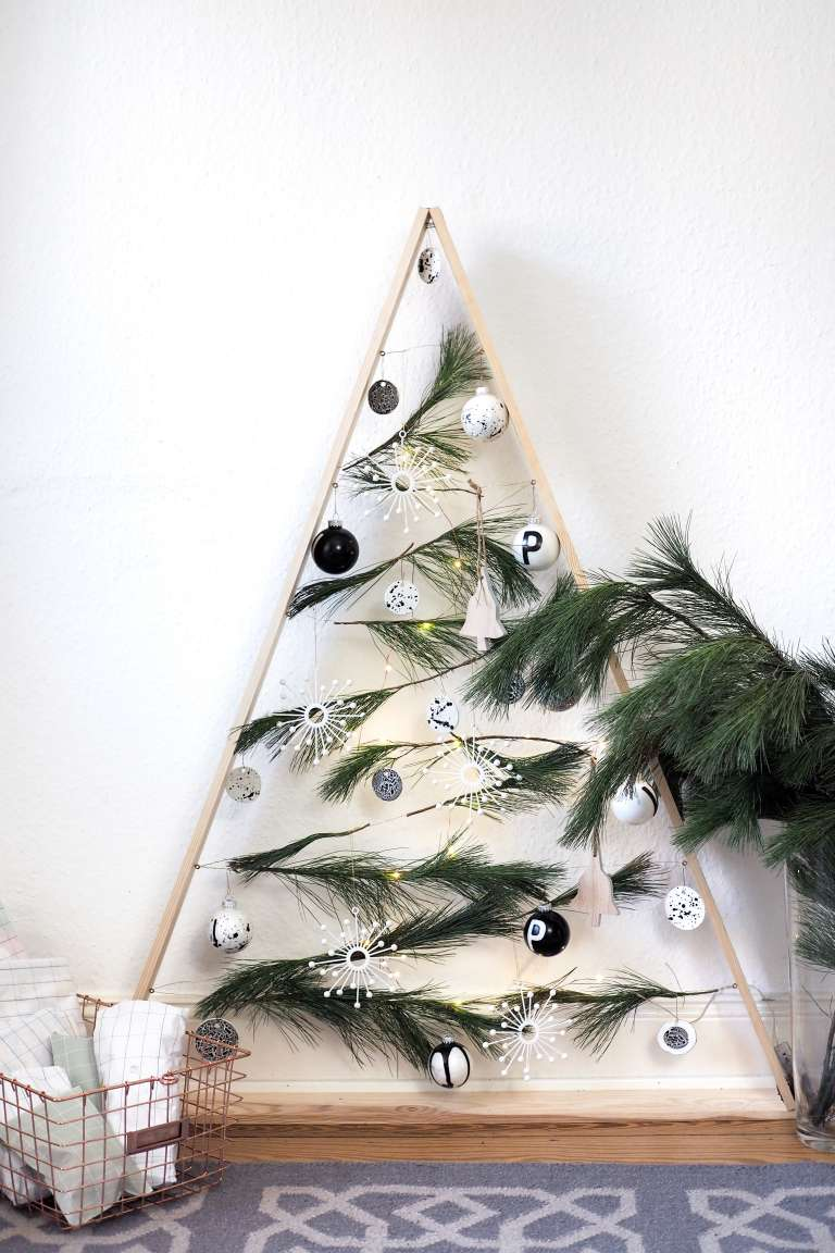 weihnachtsbaum-aus-holz-selber-bauen-anleitung-diy-deko-selber-machen-weihnachtsdeko-paulsvera