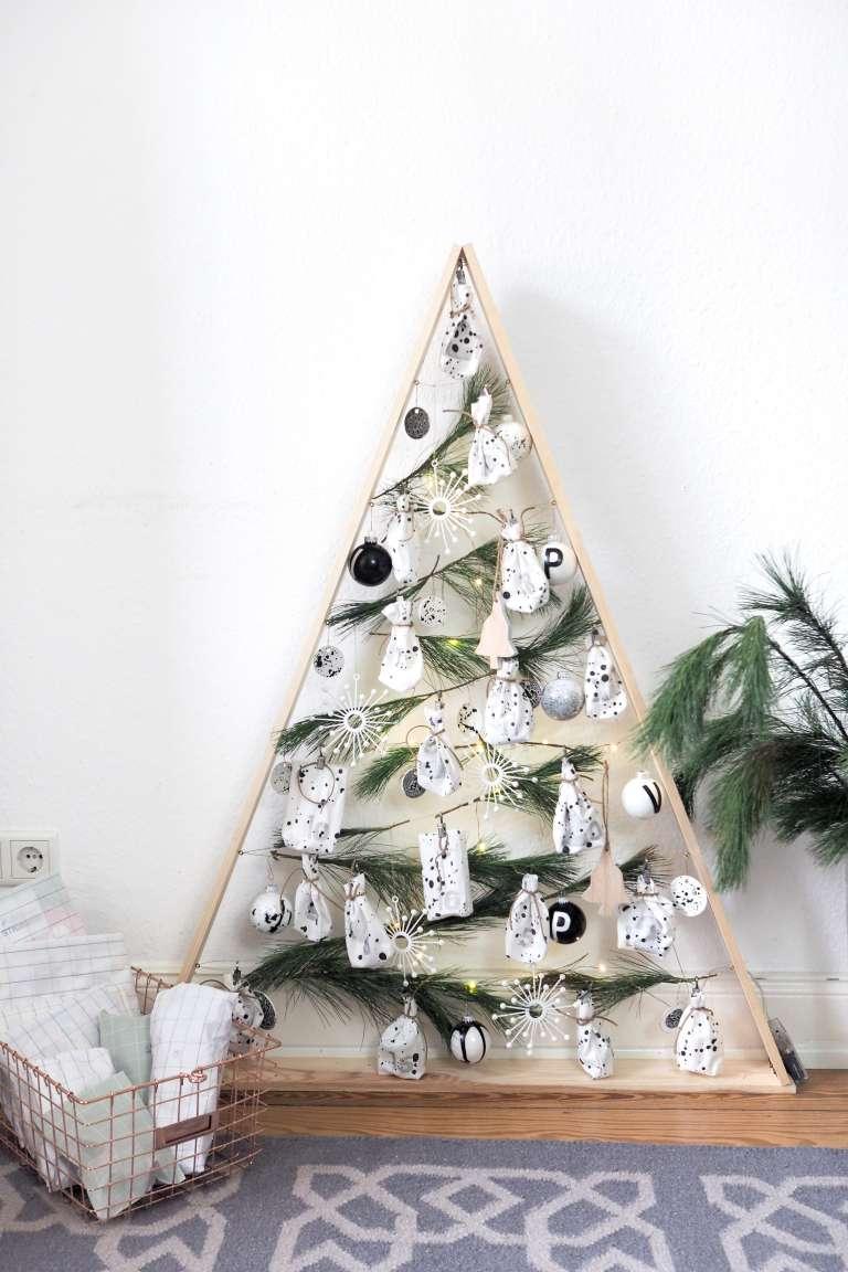 DIY-weihnachtsbaum-christbaum-aus-holz-selber-bauen-diy-deko-selber-machen-weihnachtsdeko-paulsvera