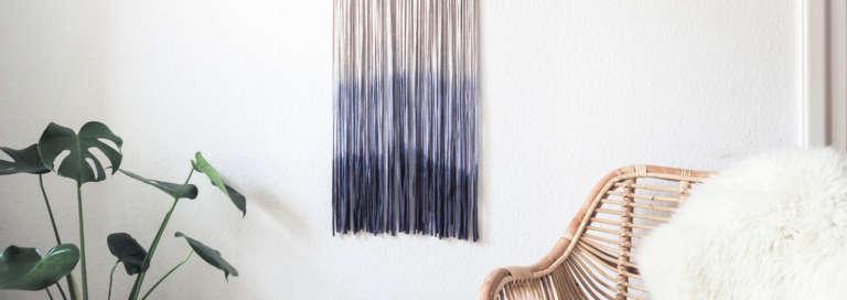 DIY Wanddeko Selber Machen: Dip Dye Wall Hanging Gestalte Deine Wanddeko Im  Fransenlook Ganz Einfach Und Schnell Mit Simplicol | 10.04.2018
