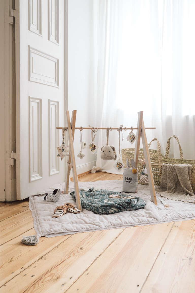 Kyddo Babyshower Ideen Geschenke Zur Geburt Ideen Babyparty Oekologisch Nachhaltige Geschenke Diy Spielbogen Selbermachen Aus Holz Paulsvera 12