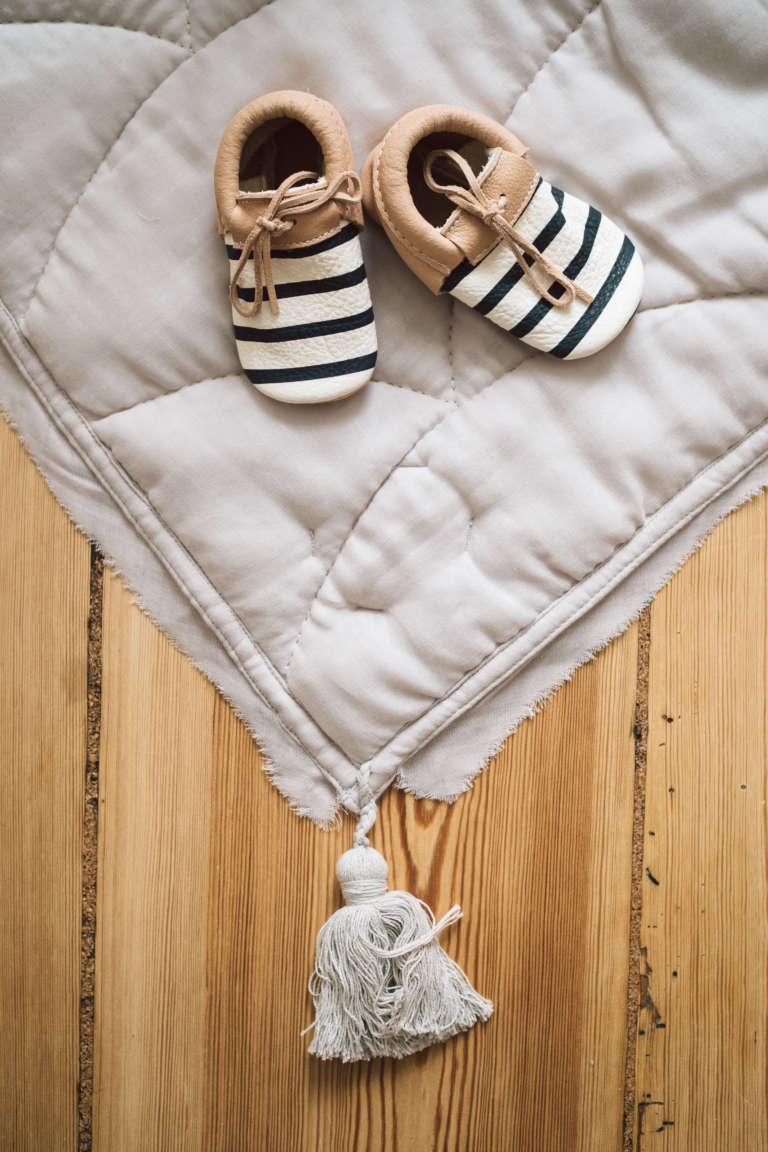 Kyddo Babyshower Ideen Geschenke Zur Geburt Ideen Babyparty Oekologisch Nachhaltige Geschenke Diy Spielbogen Selbermachen Aus Holz Paulsvera 23